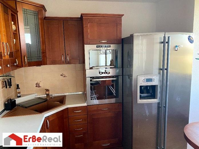 Predaj kompletne zrekonštruovaného bytu v tichej lokalite mesta Galanta.
