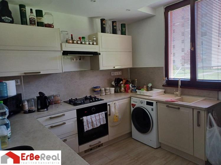 Predaj moderne zrekonštruovaného 3 izbového bytu v Galante.