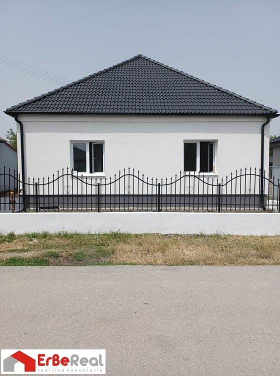 Predaj 3 izbového kompletne zrekonštruovaného domu so samostatnou bytovou jednotkou 1+1.