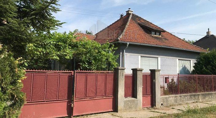 predam-rodinny-dom-sladkovicovo-d1-770-7705062_6